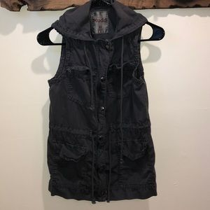 MUDD XS grey vest with hood and 4 pockets